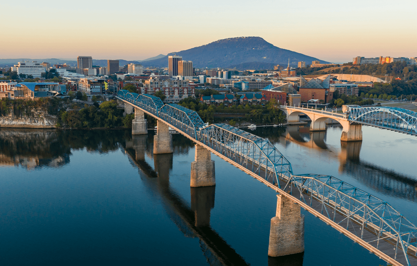 Walnut Street and Market Street-Bridges leading to Chattanooga, TN